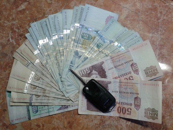 pénzköteg.jpg