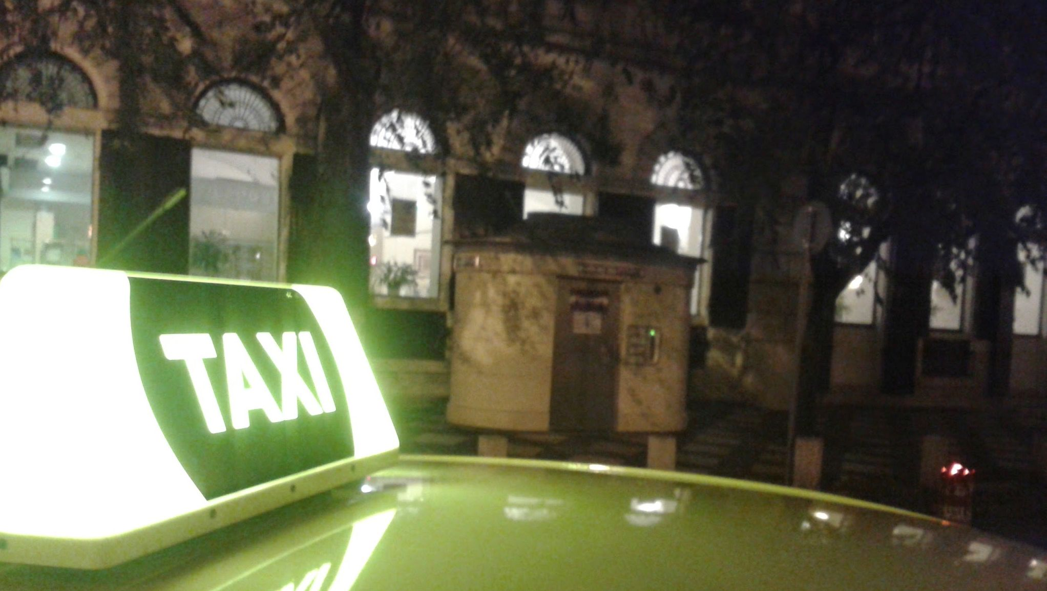 taxivagott.jpg