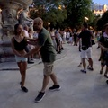 Video: Társastánc bulit tartotak az Erzsébet téren