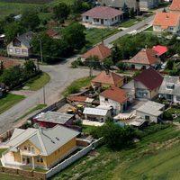 Chladek Tibor: A kormány már a látszatra sem ügyel - nyíltan diszkriminatív a falusi CSOK