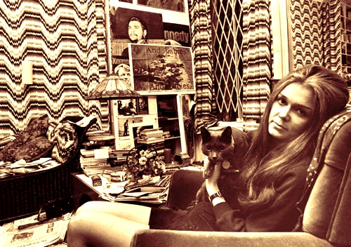 gloria-steinem-with-cat02.jpg