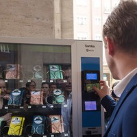Vásárolj zsebkönyvet automatából! / Itt a tavasz legizgalmasabb projektje!