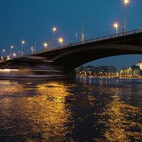 BUDAPEST by LIGHT