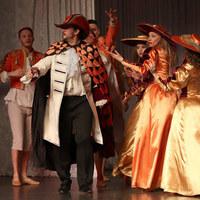 Operanagykövet játssza Bertát A sevillai borbélyban