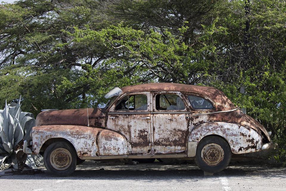 car-1572215_960_720.jpg
