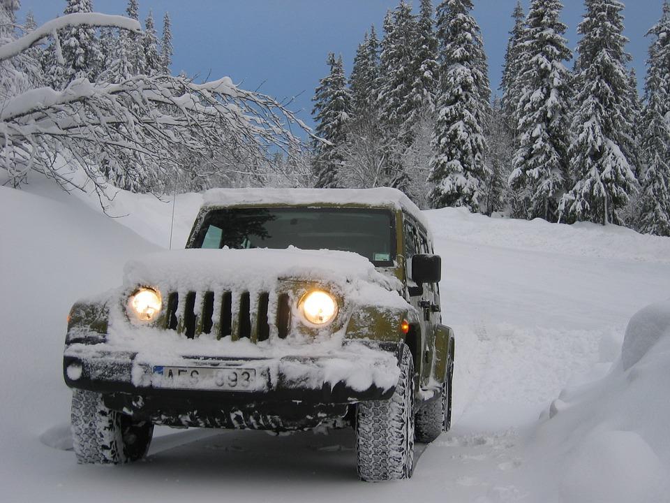 jeep-833206_960_720.jpg