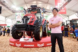 Egy kezelő két traktorra