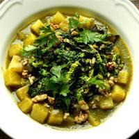 Currys-paradicsomos kelkáposzta főzelék