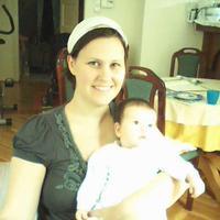 Léna két hónapos!