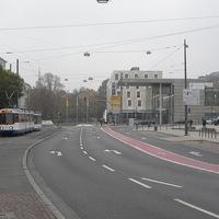 Biciklisáv az út közepén?