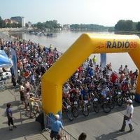 Idén is elrajtolt a Tisza Maraton