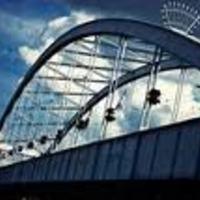 Lassan tekerd a biciklit - 10 km/h-ás sebességkorlátozás a Belvárosi hídon