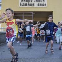 Vakáció: nyári szabadságra mentek a diákok, a tanárok még hetekig dolgoznak