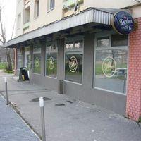 Menza Étterem és kávézó (régen Kék Mókus!)