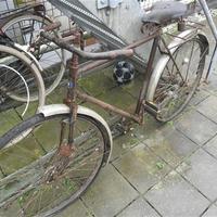 Régi, rozsdás, használt vas bicikli alkatrészek?