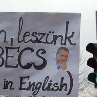 Ha ezt a 15 mondatot olvasod a Fidesz plakátjain, gyorsan nézz rá a naptárra!