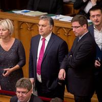 Egy gazdasági válság romba döntheti a Nemzeti Együttműködés Rendszerét
