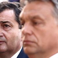 Orbán Viktor befalja az ellenzéki sajtót, megrágja, majd kiköpi