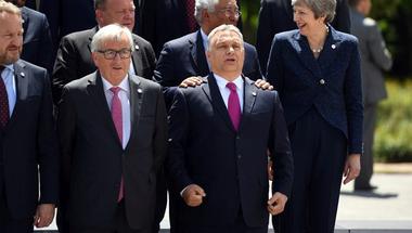 Sokat veszíthet, és keveset nyerhet a Fidesz azzal, ha kizárják a néppárti szövetségből