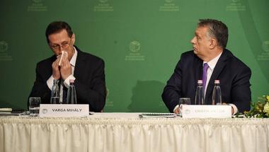 Orbán Viktor végre elszánta magát, de a késlekedése sokba kerülhet mindenkinek