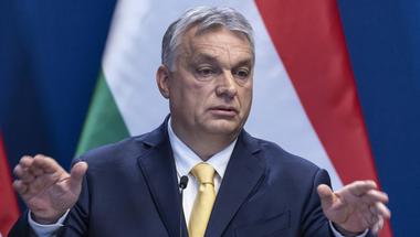 Orbán Viktor máris kiosztotta magának a nemzet megmentője címet