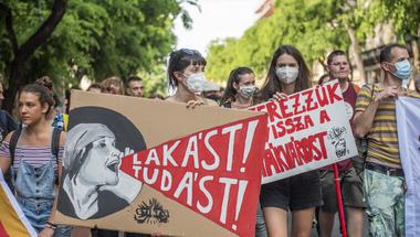 A Fidesz ezúttal is igyekszik lenyúlni az ellenzék legjobb témáit