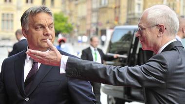 Orbán Viktor megpróbálja tovább hülyíteni az Európai Néppártot