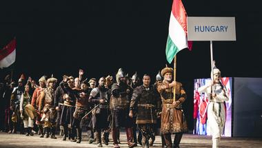 Orbán Viktor addig sztyeppézik, amíg hívei tényleg elhiszik, hogy semmi közük sincs Európához