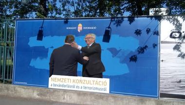 Orbán Viktor azt üzente: elfogyott a kék festékje