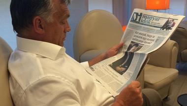 Úgy tűnik, Orbán Viktor sem a kormánypárti, sem az ellenzéki sajtóval nem elégedett