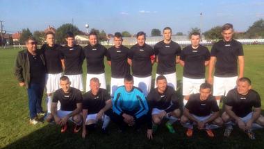 A kazahok után az öttömösi focisták is beavatkoztak a választási kampányba