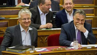 Így fogyott el a Fidesz körül a szellem, és nőtt meg a holdudvar