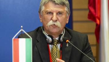 Ha Kövér László hátat fordít a magyarok millióinak, akkor tényleg lassan elfogy a nemzet