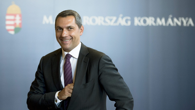 Minél többet lopnak a politikusaink, annál gazdagabbnak tűnik Magyarország