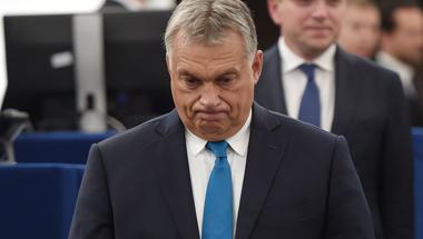 Most még maga Orbán Viktor sem tudja, hogy mi tévő legyen