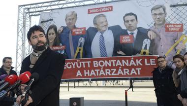 Nagy bajban lehet a Fidesz, ha egy barkácsbolt reklámjával kampányol