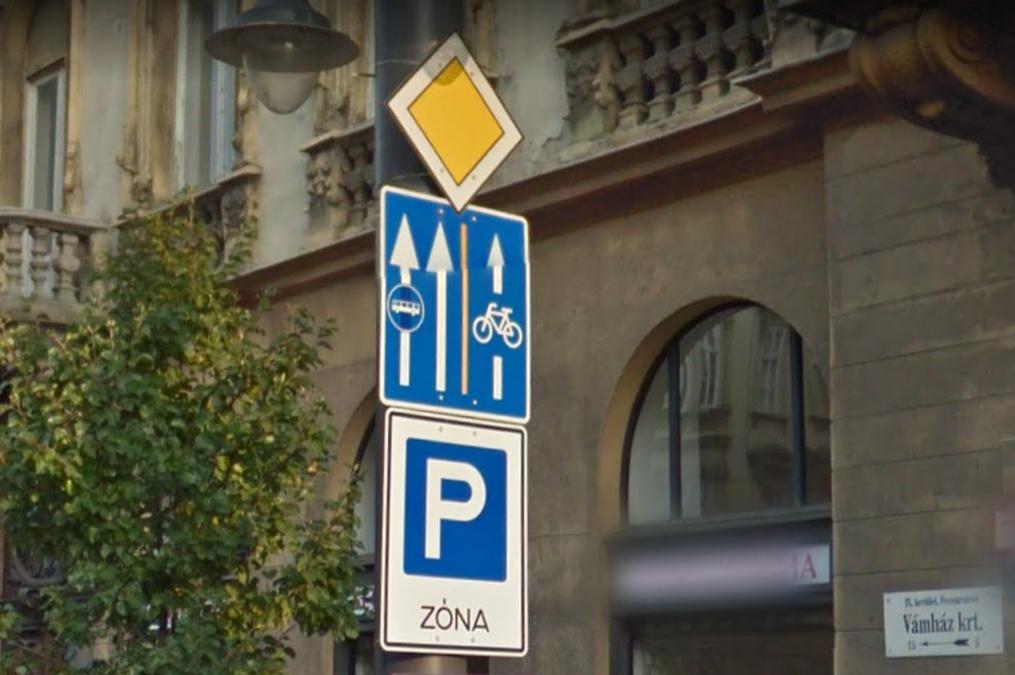 tabla_a_vamhaz_koruton_taxisparaszt_busznak_kepzelte_magat.png