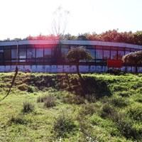 Elhagyatott úttörőtábor a Balatonnál