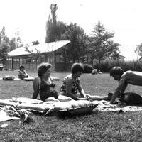 Elhagyatva a Balatonnál: A BERVA üdülő