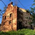 Elhagyatva: 200 éves zsinagóga romokban