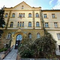 Elhagyatva: A Budagyöngye kórház