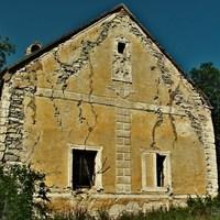 Elhagyatott présház a XIX. századból