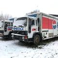 Roncsok: Régi idők Pepsi kamionjai és egy Taunus