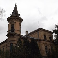 Szellemkastélyok: Schmidt-kastély