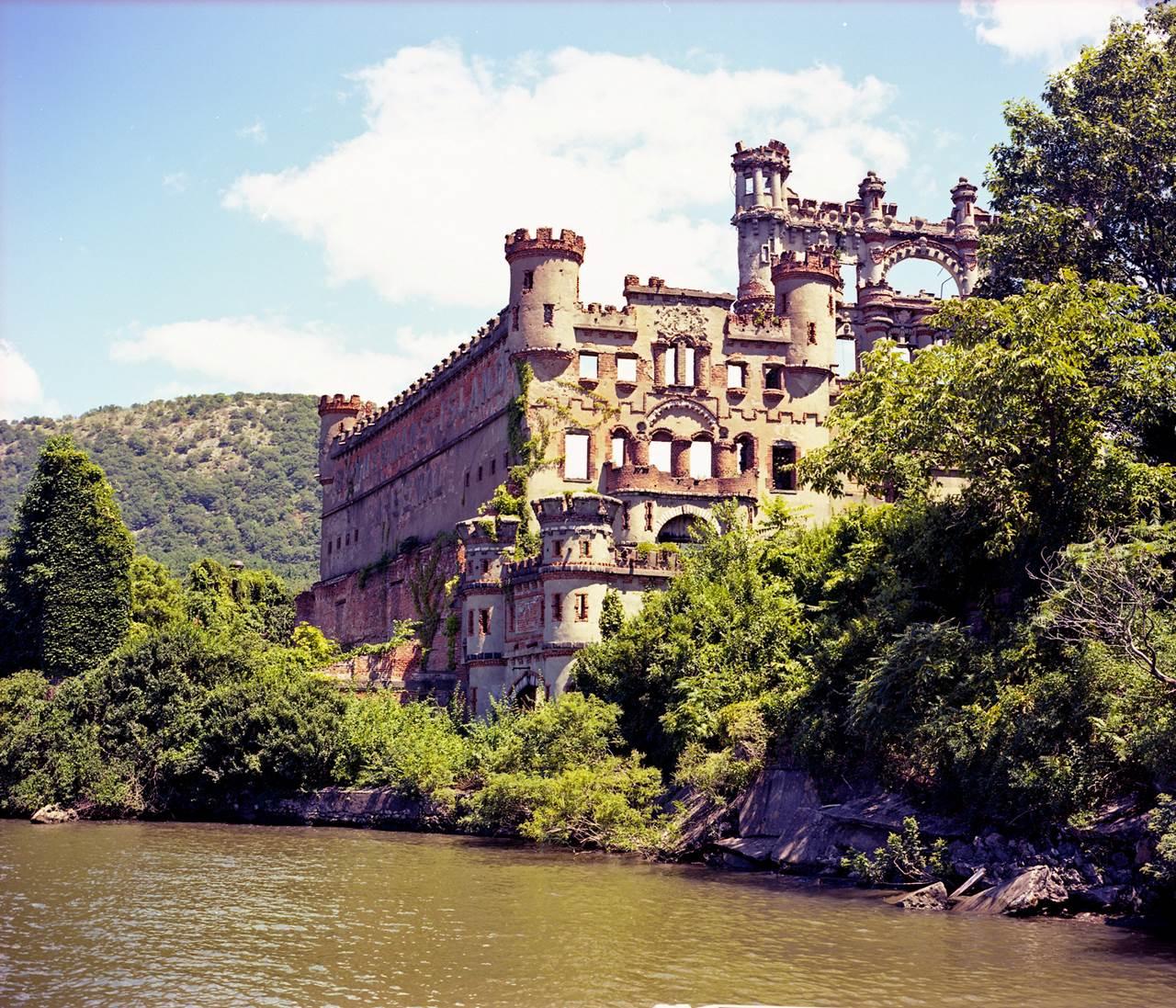 353531,xcitefun-bannerman-castle-1.jpg