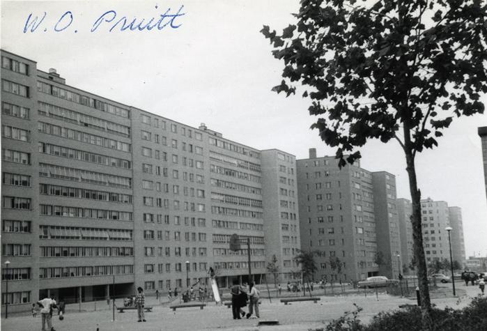 Pruitt-Igoe-Snapshot-011.jpg