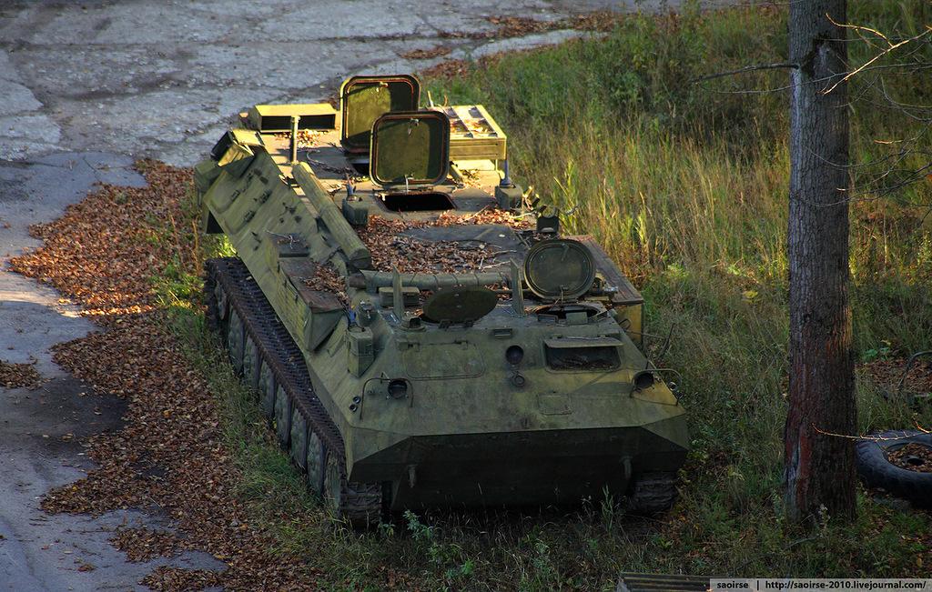 abandoned-base-soviet-military-equipment-12.jpg
