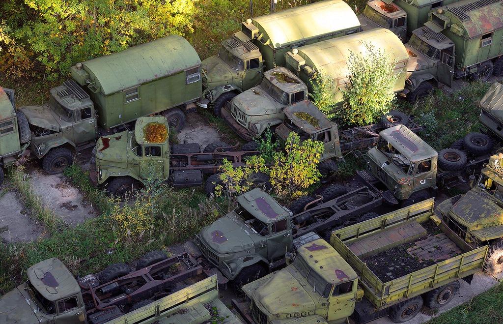abandoned-base-soviet-military-equipment-13.jpg