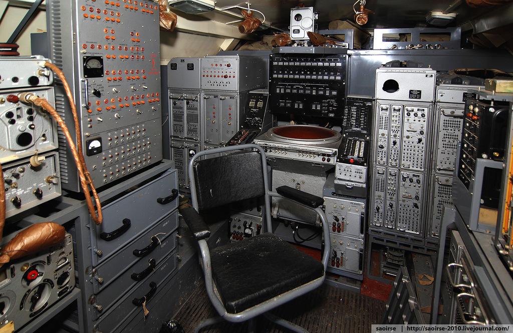 abandoned-base-soviet-military-equipment-21.jpg