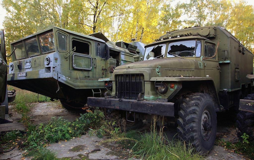 abandoned-base-soviet-military-equipment-25.jpg